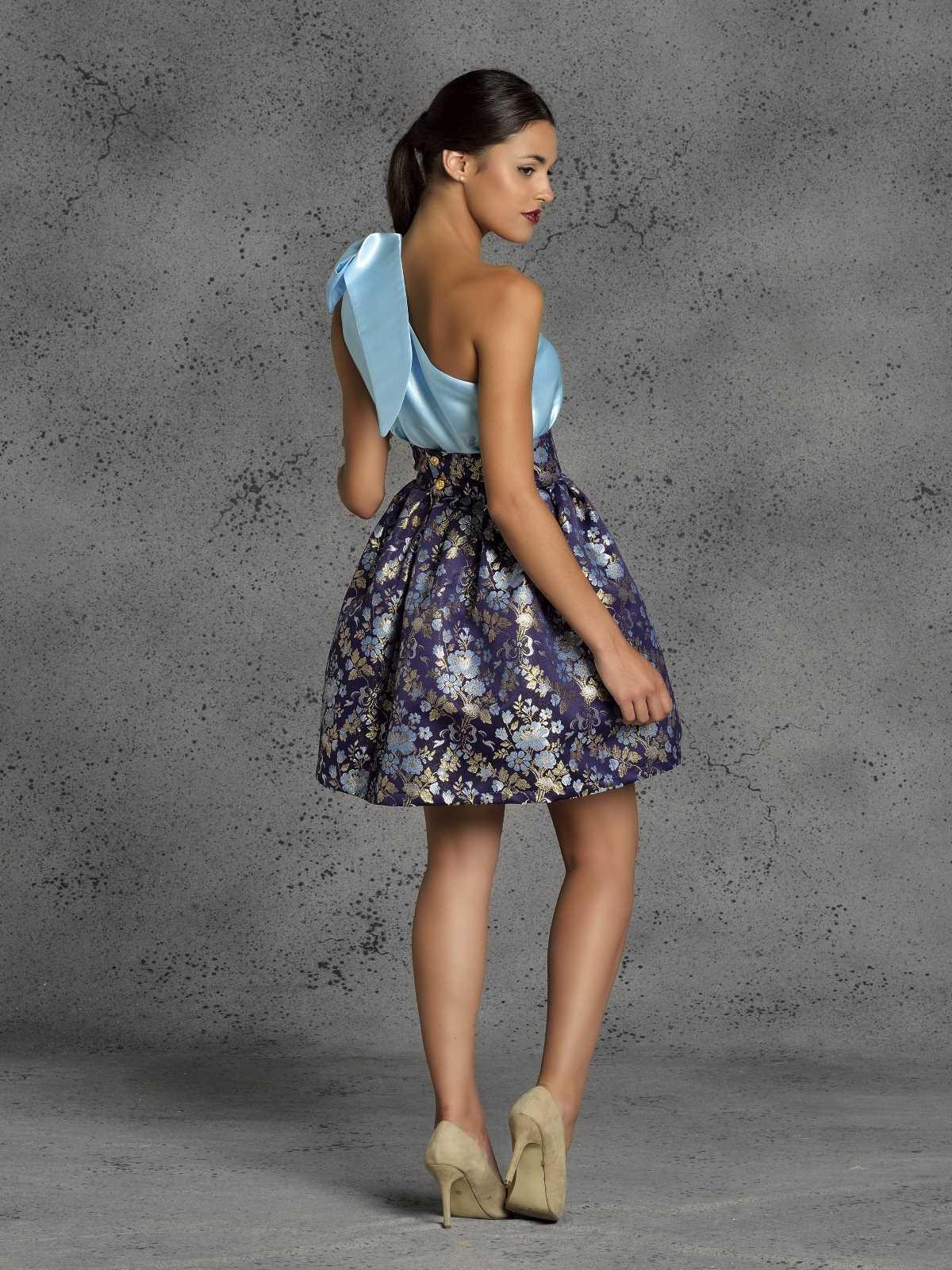 falda corta de fiesta morada para fiesta