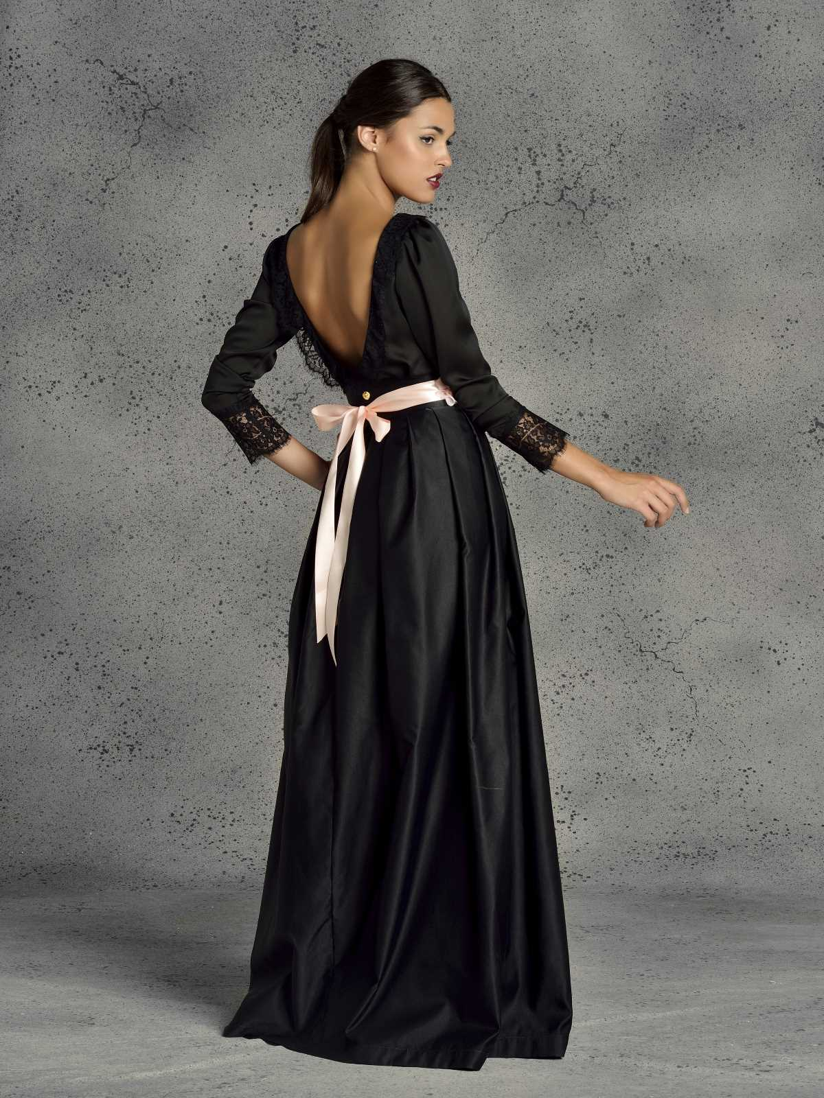 falda de fiesta larga negra para ceremonia