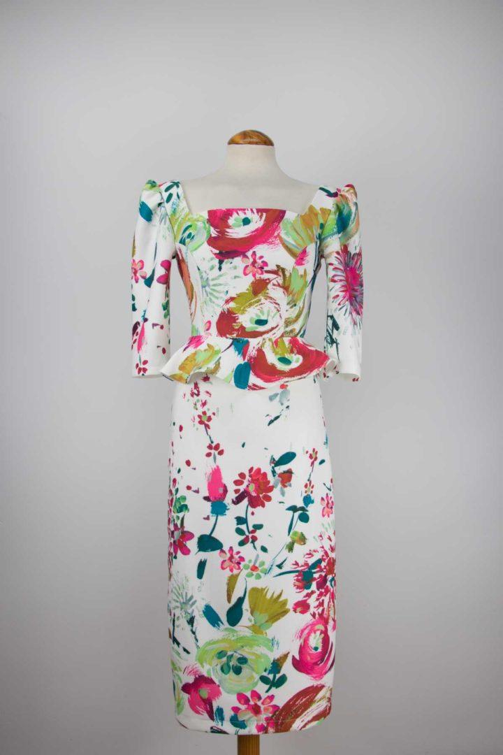 nuevo vestido largo con escote recto de fatima angulo