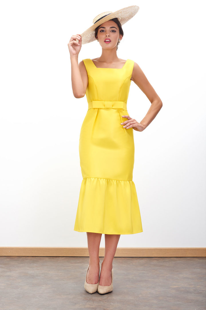 Vestido de fiesta sencillo recto amarillo modelo Orfeo