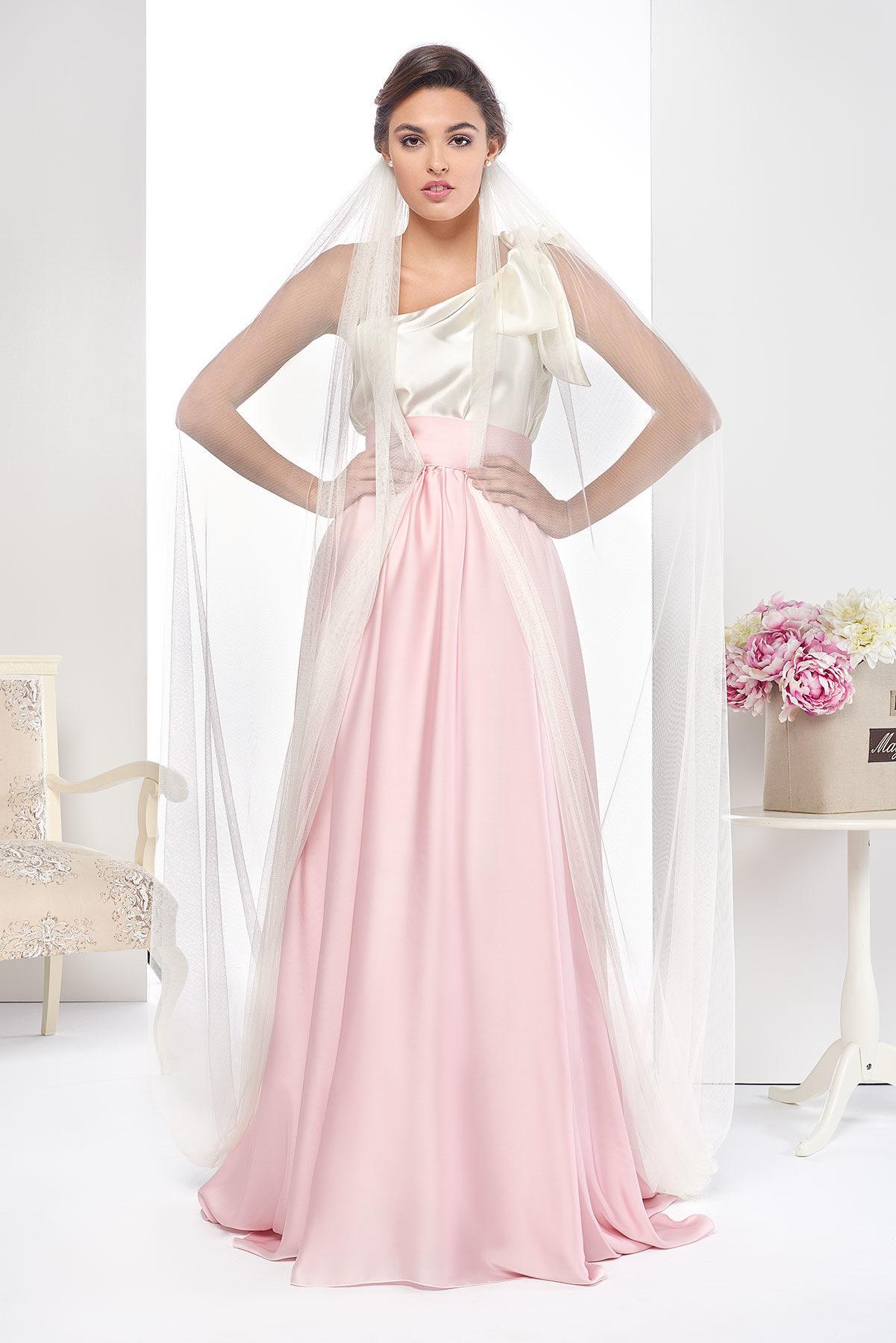 Conjunto de novia modelo Jazmin rosa y blanco de Fatima Angulo