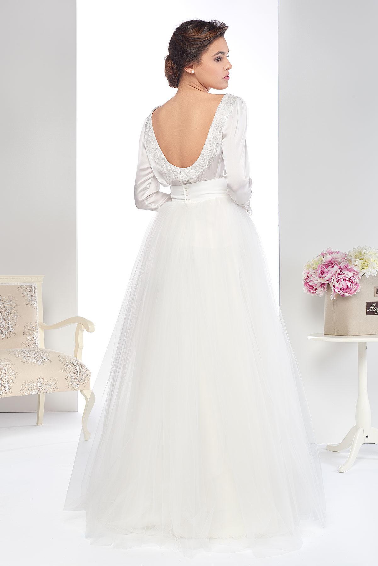 Conjunto de novia con falda de tul al estilo de la mítica serie de Sexo en Nueva York.